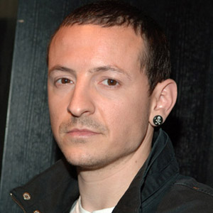 "dead 2014"" : Linkin Park frontman killed by internet death hoax"