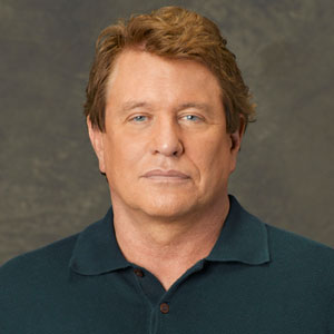 Tom Berenger dead 2017 : Actor killed by celebrity death ...