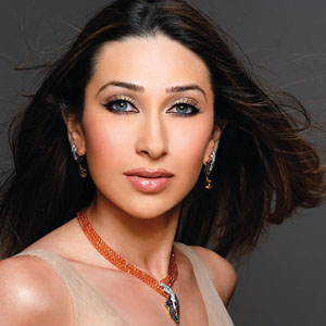 Karisma Kapoor : News, Pictures, Videos and More - Mediamass