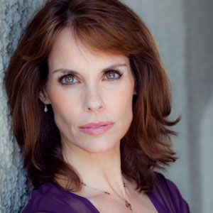 2186 Click Here To Download. Alexandra Paul Caught Fully Nude!!! NUDITY RATING: