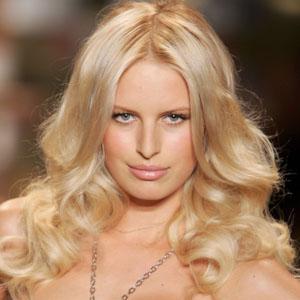 Karolina Kurkova desnuda - Fotos y Vídeos -