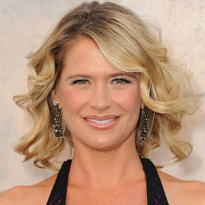 kristy swanson highest paid actress in the world   mediamass