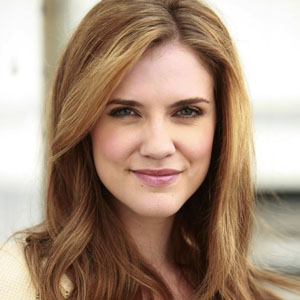 Did Sara canning actor nude pussie shame!