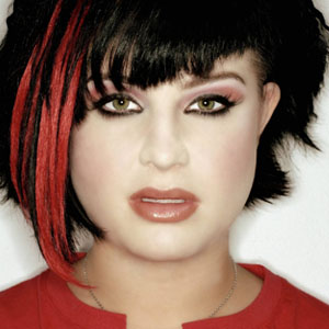 Awe Inspiring Kelly Osbourne News Pictures Videos And More Mediamass Short Hairstyles Gunalazisus