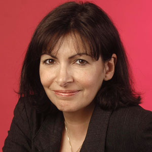 anne hidalgo lue femme politique la plus sexy du monde m diamass. Black Bedroom Furniture Sets. Home Design Ideas
