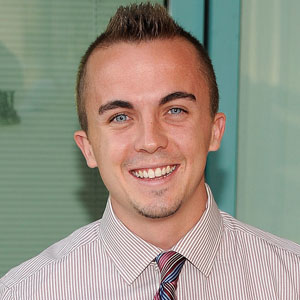 frankie muniz wife