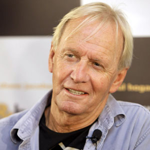paul hogan ancestry