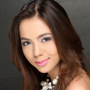 Naked julia montes fake nude photos #11