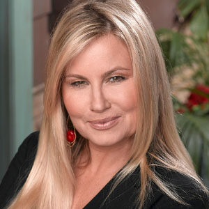 Sorry, jennifer coolidge bikini photos