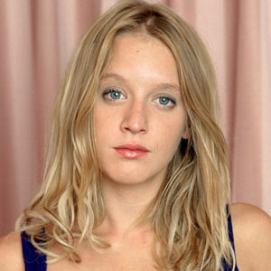 Ludivine sagnier in mesrine public enemy 2008 - 3 5