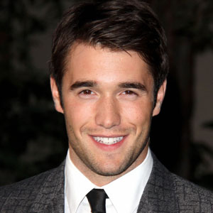 Josh bowman single again celebrity break up split and divorce josh bowman single again celebrity break up split and divorce 2018 mediamass ccuart Image collections