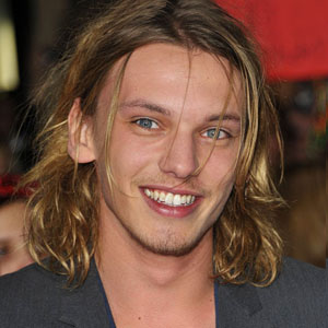 Jamie Campbell Bower Engaged Mediamass