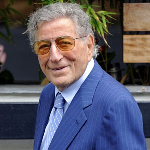 Tony Bennett dead 2020 : Singer killed by celebrity death hoax ...